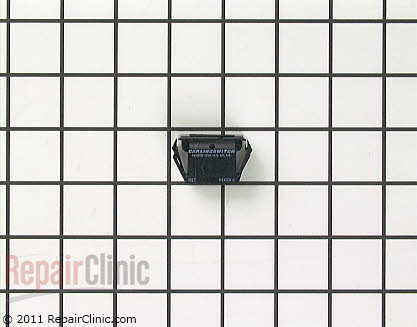 Plug (OEM)  7718P009-60
