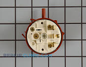 Pressure Switch - Part # 1163226 Mfg Part # 134433701