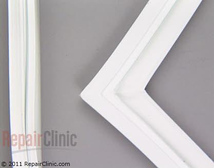 Freezer Door Gasket 61006008        Main Product View