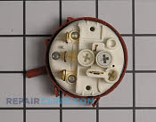 Pressure Switch - Part # 1566417 Mfg Part # 651016254