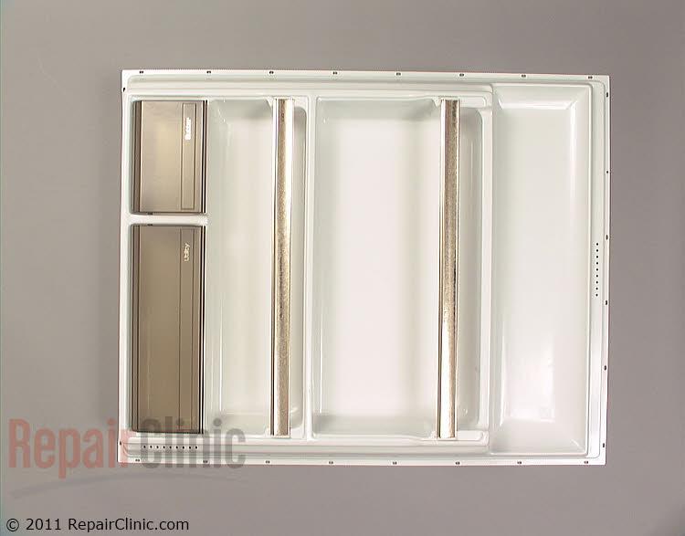 Inner door panel with shelf retainers and utility doors