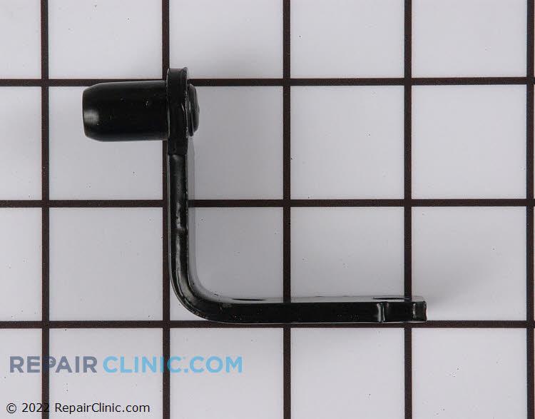 Bottom door hinge, assembly