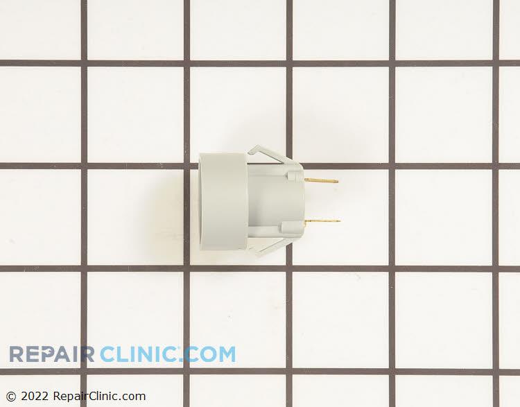 Light Socket 12617501 Alternate Product View