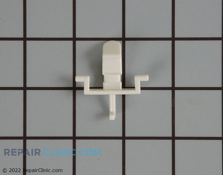 Soap cup door latch without gasket