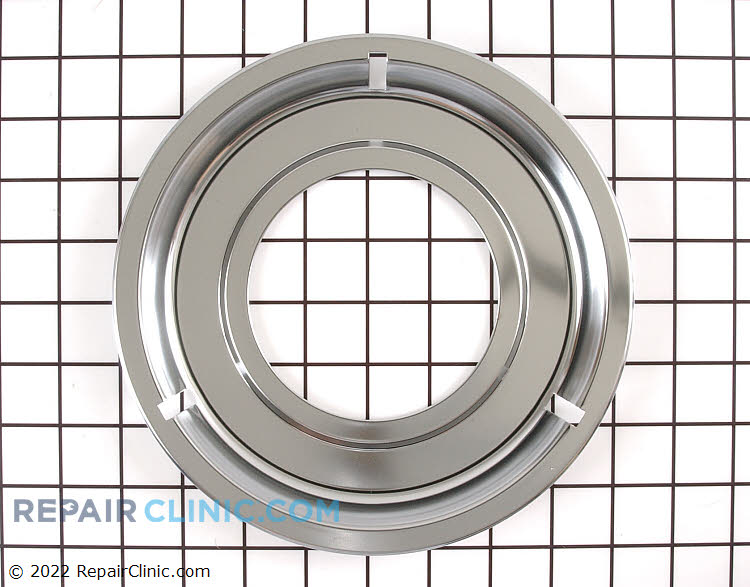 Drip pan for gas ranges/stoves. This drip pan sits underneath the burner to catch drips or spills.<br><br>•  Chrome<br>•  8-1/4 inches in diameter<br>•  4-inch hole.
