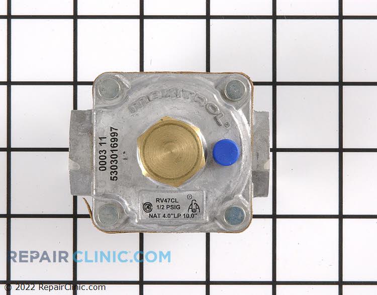 Gas pressure regulator. Natural or LP.