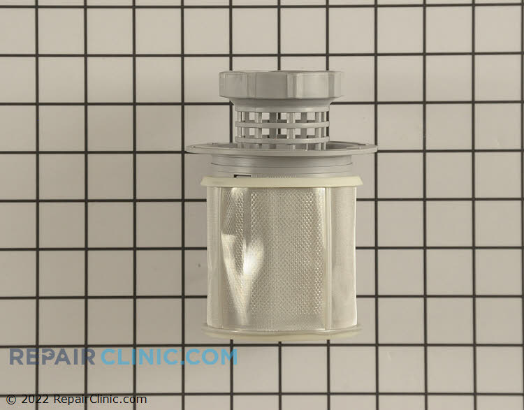 Drain filter assembly with fine-mesh filter sleeve.