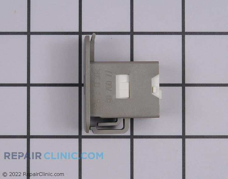 Door Latch 8076077-81      Alternate Product View