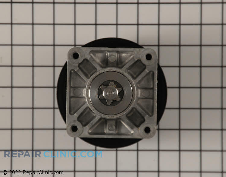 Spindle Assembly with Pulley 918-0241B Alternate Product View