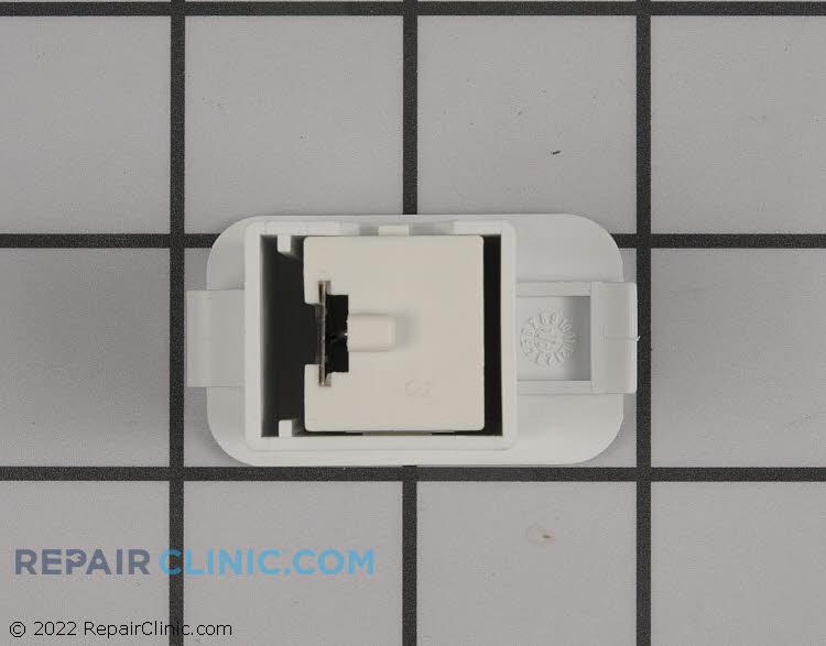 Fastener 8076077-0       Alternate Product View
