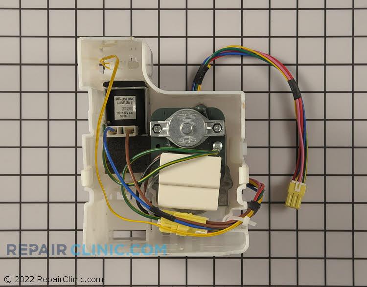 Auger Motor DA97-05246G Alternate Product View