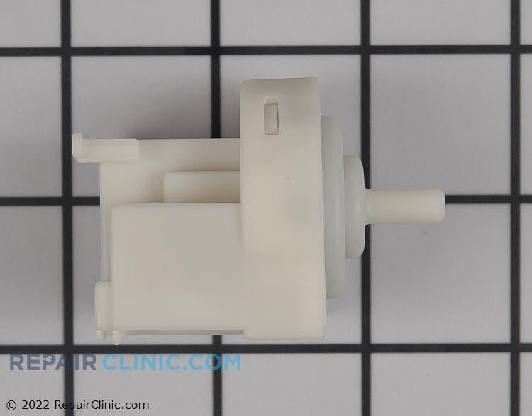 Temperature Sensor 00627460 Alternate Product View