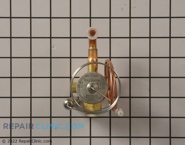 Thermal Expansion Valve 669555R Alternate Product View