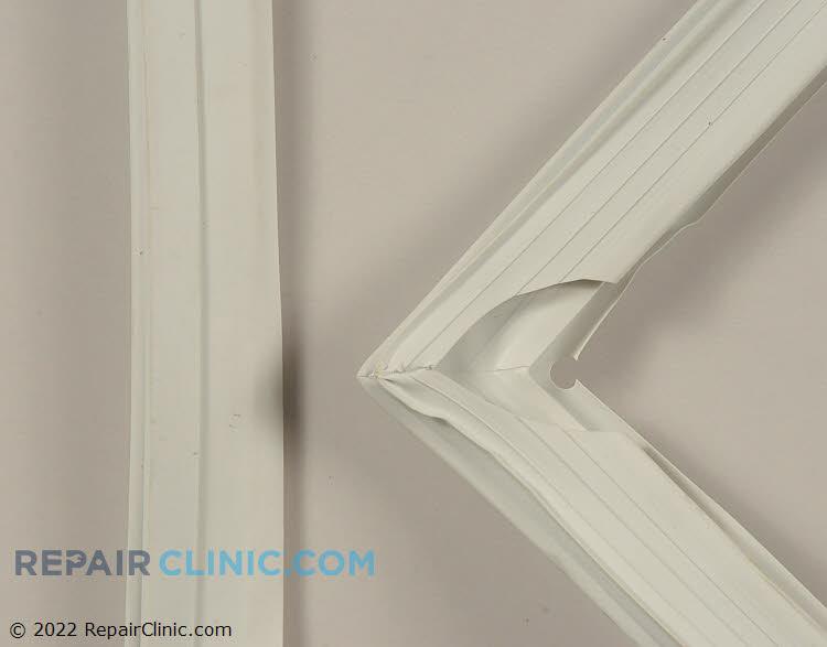 Door Seal 312240100063    Alternate Product View