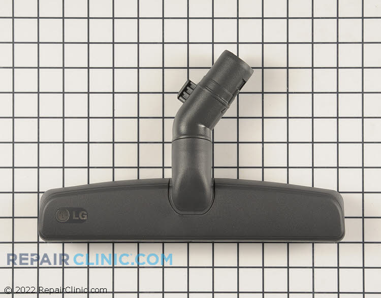 Floor nozzle assembly