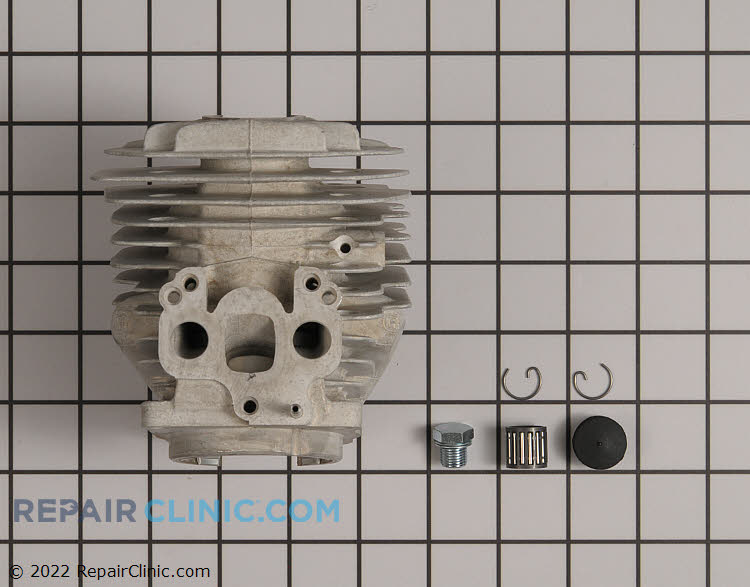 Cylinder Head 575257406 Alternate Product View