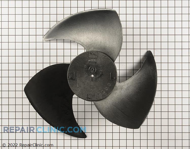 Propeller fan assembly