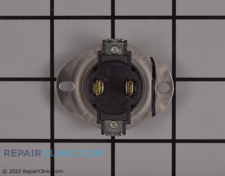 Outlet thermostat