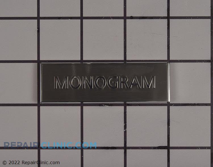 Badge monogram small no