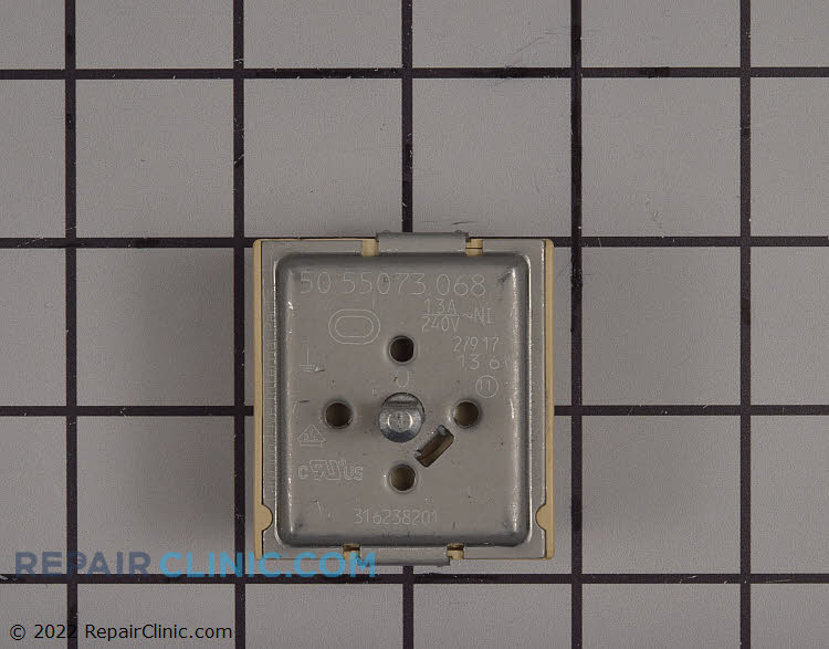 Dual surface element switch