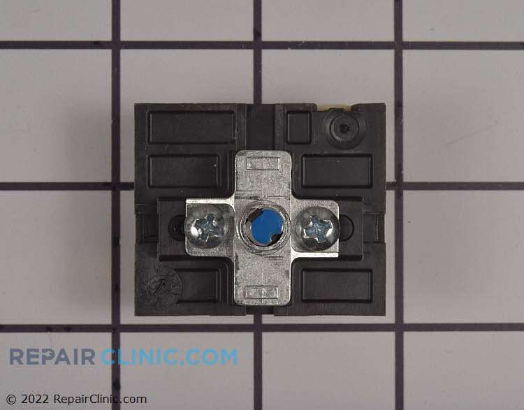 Surface element control switch, double flat shaft, nut mounted