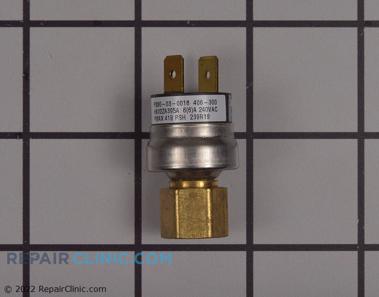 Refrigerant pressure switch. Closes at 295 PSI Opens at 395 PSI
