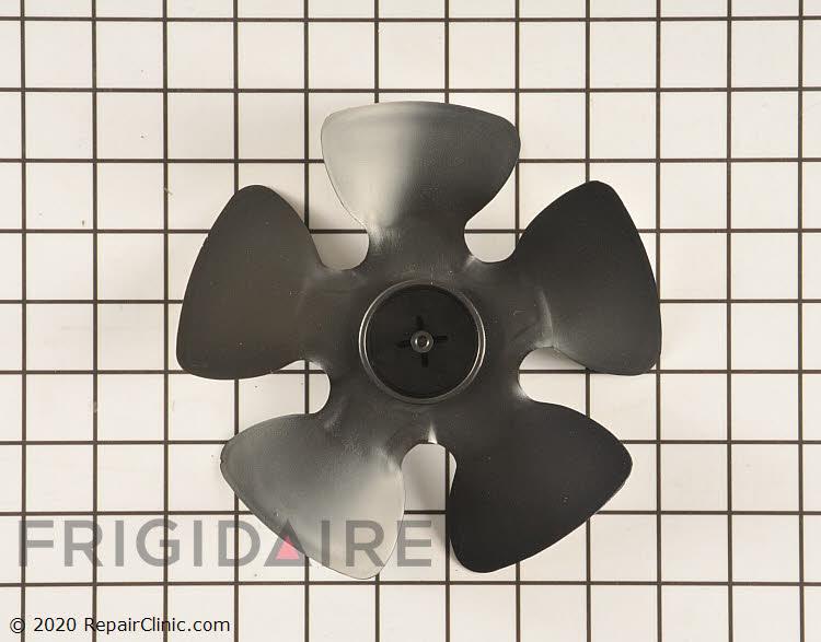 Fan Blade 241639502 Alternate Product View